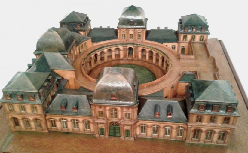 Das restaurierte Modell des Poppelsdorfer Schlosses